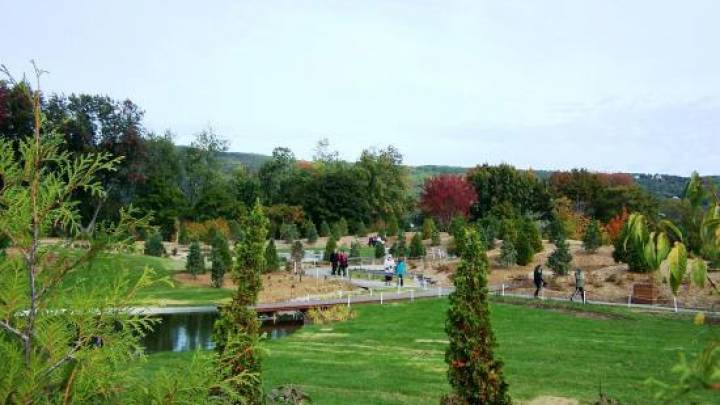 Attractions And Activities Charlevoix Gardens And Natural