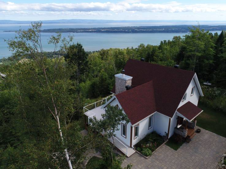 House for sale - Les Éboulements, Charlevoix (EB149)
