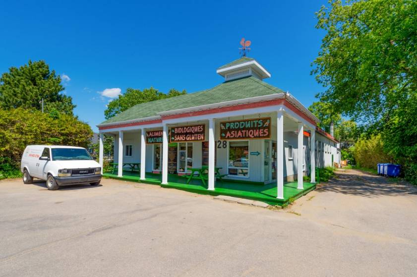 2 - Commercial for sale, Baie-Saint-Paul (Code - sp589, Charlevoix)