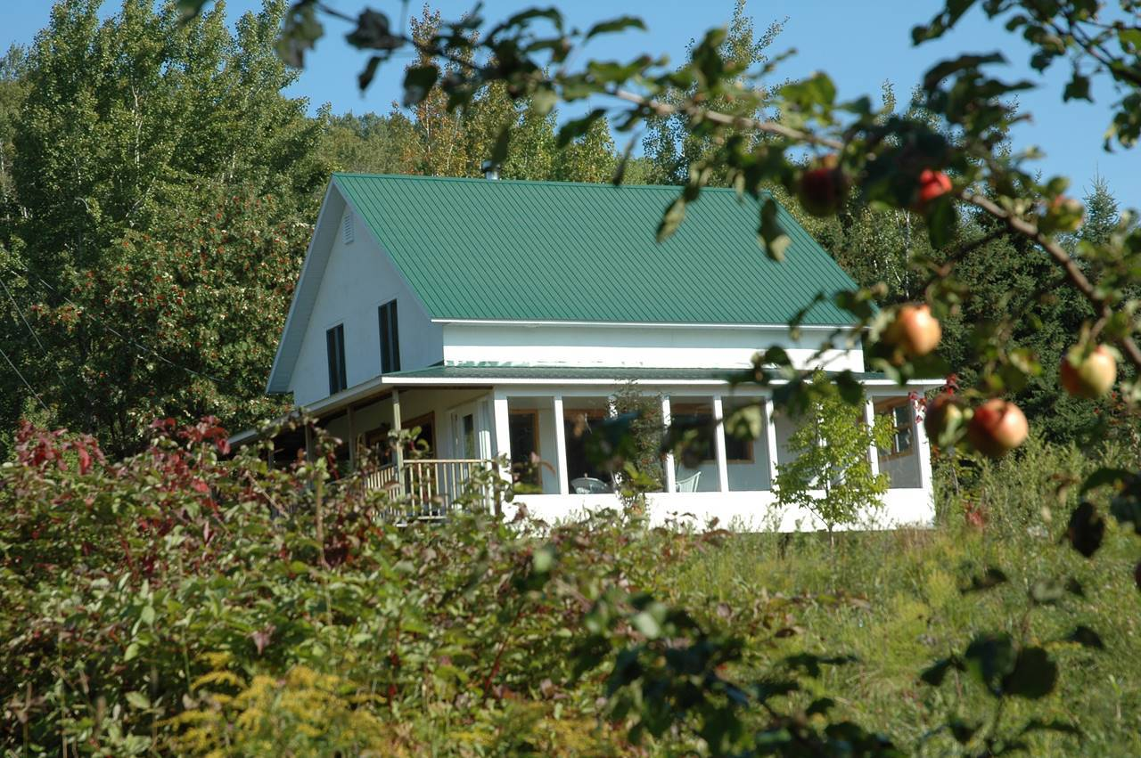 1 - House for rent, Saint-Joseph-de-la-Rive (Code - 213, charlevoix)