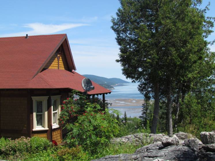 2 - House for sale, La Malbaie (Code - mb335, Charlevoix)