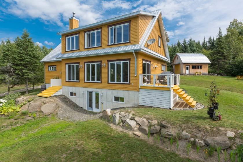 2 - House for sale, La Malbaie (Code - mb330, Charlevoix)
