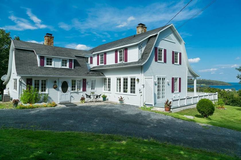 1 - House for sale, La Malbaie (Code - mb225, Charlevoix)