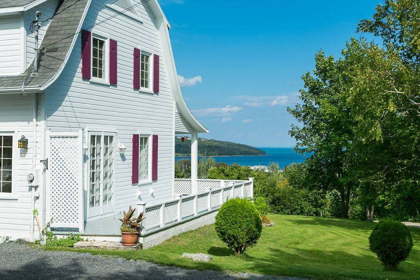 2 - House for sale, La Malbaie (Code - mb225, Charlevoix)
