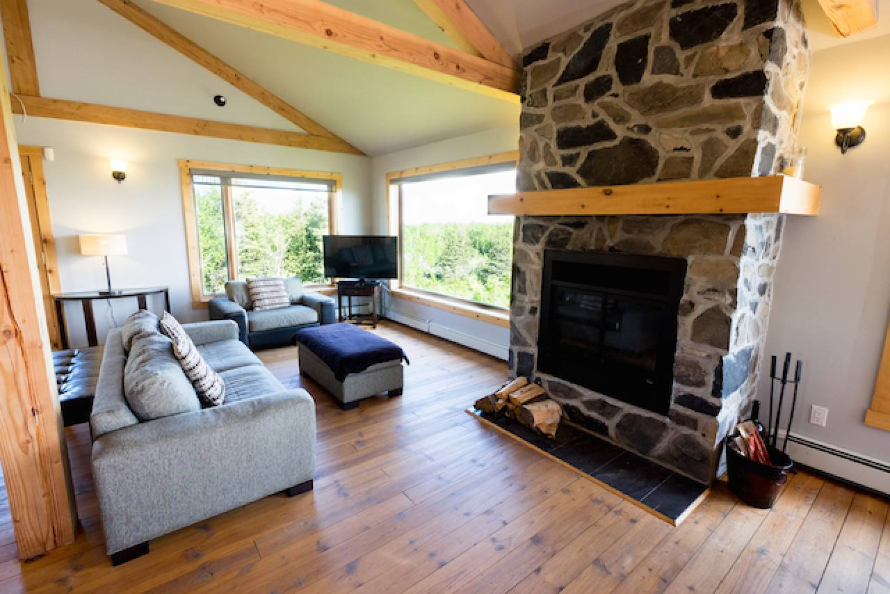 4 - House for rent, Les Éboulements (Code - 350, charlevoix)
